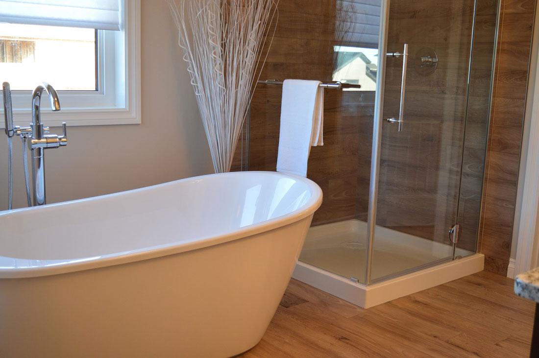 Piastrelle del bagno, soluzioni moderne a basso costo | TiRichiamo.it