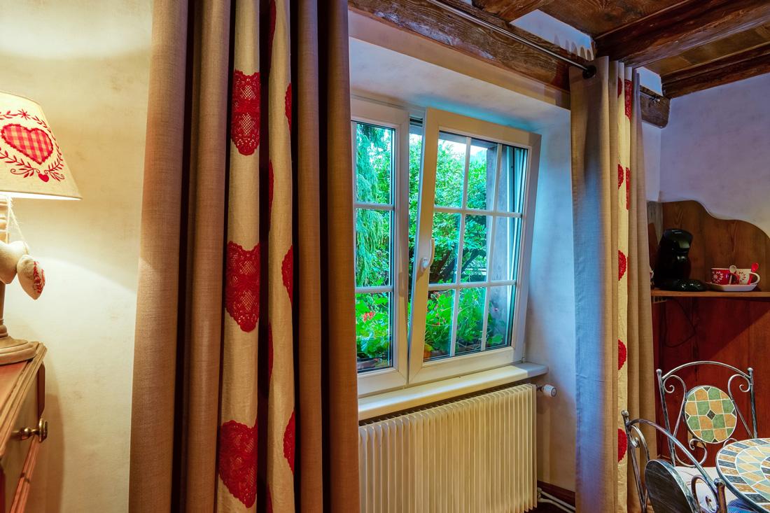 Finestre a vasistas prezzi dimensioni e consigli for Infissi finestre prezzi