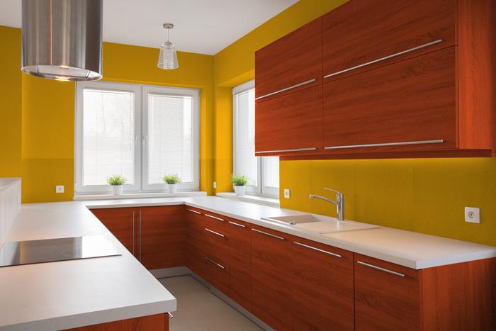 Pareti Gialle Colore Divano : I migliori colori delle pareti per una cucina ciliegio