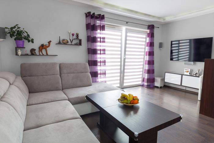 Il miglior grigio per le pareti del soggiorno for Viola arredamenti