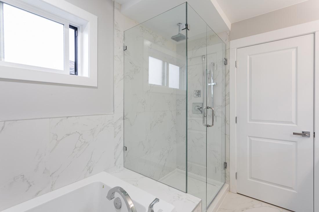 piatto doccia irregolare 70x : Box doccia su misura, Prezzi e Consigli TiRichiamo.it