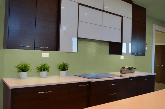 Colori delle pareti per una cucina moderna for Colori per la sala