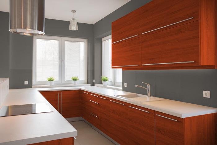 I migliori colori delle pareti per una cucina ciliegio - Cucina bianca e tortora ...