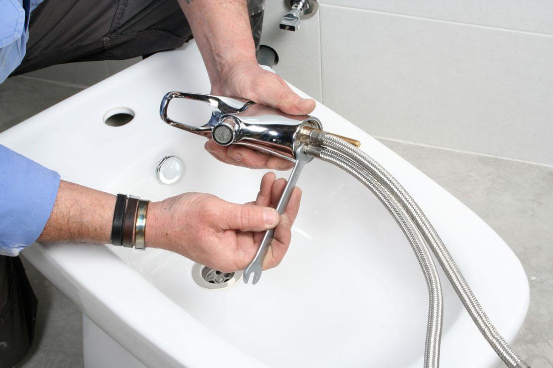 Impianto idraulico bagno costi preventivi e consigli - Impianto idraulico bagno ...