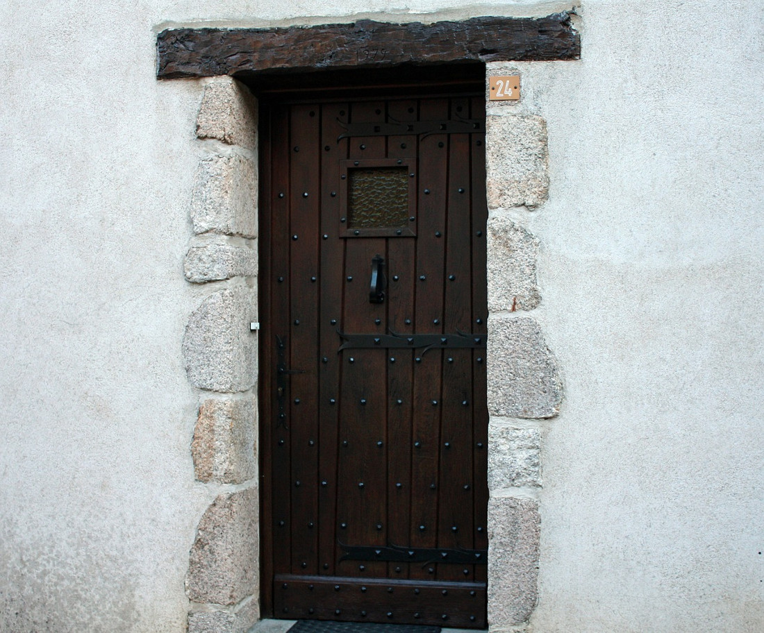 Portoni in legno per esterni e garage prezzi e tipologie - Ingresso garage ...