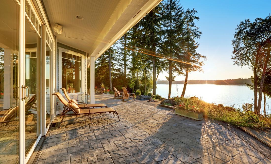 Pavimenti in pietra per esterni prezzi e tipologie - Pavimenti per casa al mare ...