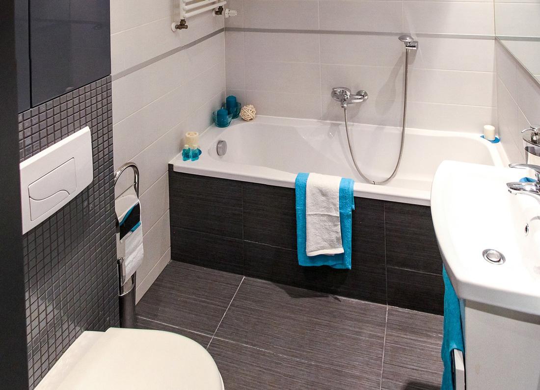 Rivestimenti bagno moderni idee immagini e tendenze - Rivestimento bagno moderno ...