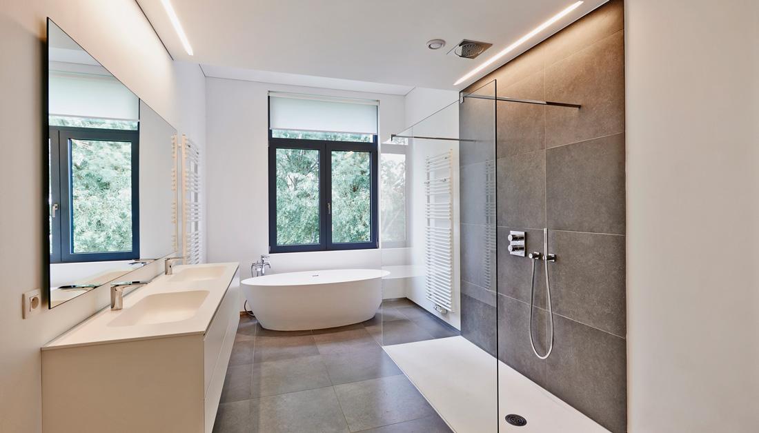 Bagno Con Doccia Al Centro : Quanto costa una doccia passante? prezzi opinioni e consigli
