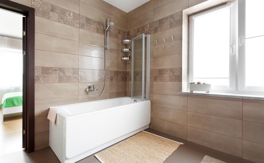 Quanto costa mettere una doccia con vasca prezzi e consigli - Bagno con doccia ...