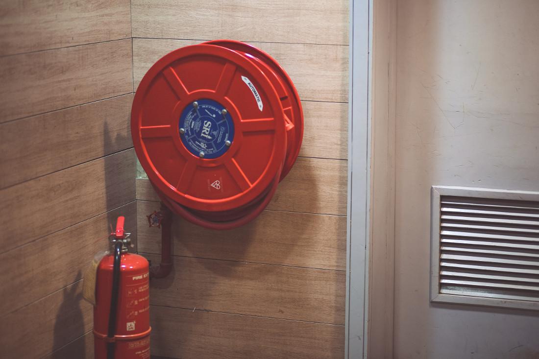 Porte Antincendio REI in Acciaio, Legno e Vetro - Prezzi e Misure ...