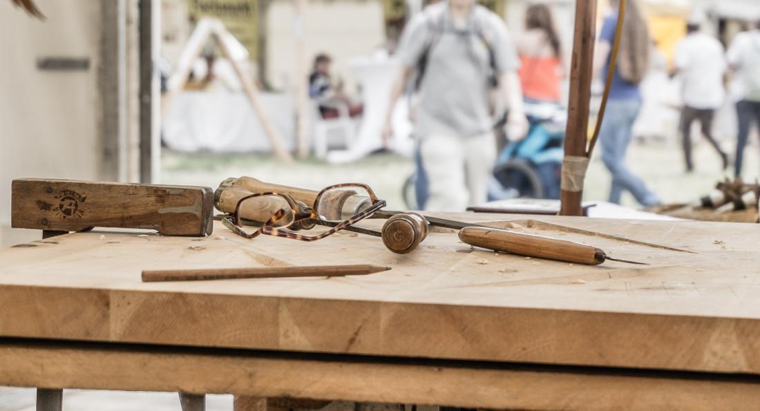 Porte in legno grezzo da interno tipologie e prezzi for Porte in legno grezzo