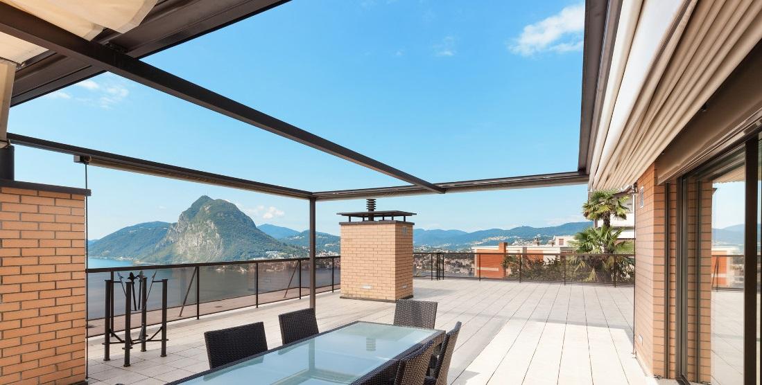 Veranda amovibile per il terrazzo prezzi permessi e for Mobili per il terrazzo