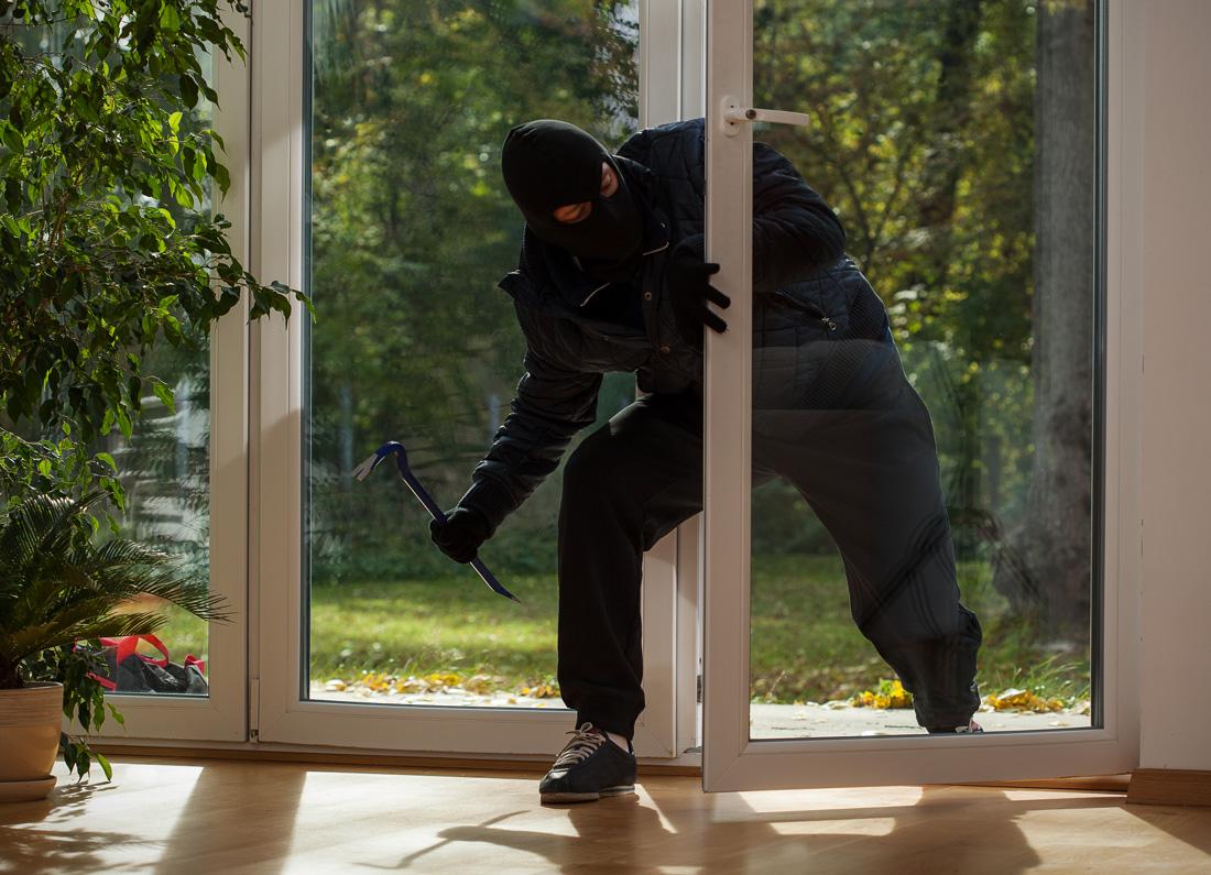 Inferriate per porte e porte finestre prezzi e consigli - Inferriate porta finestra ...