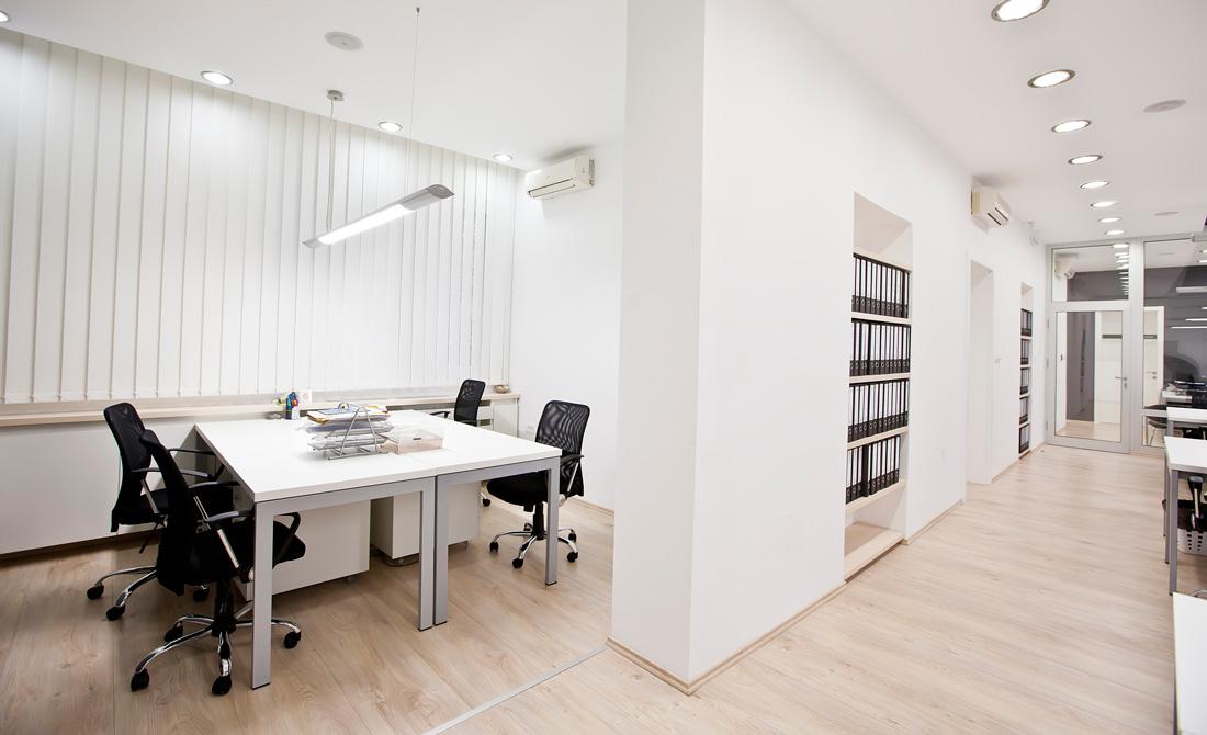 Pavimenti per uffici prezzi tipologie e consigli for Uffici temporanei roma prezzi