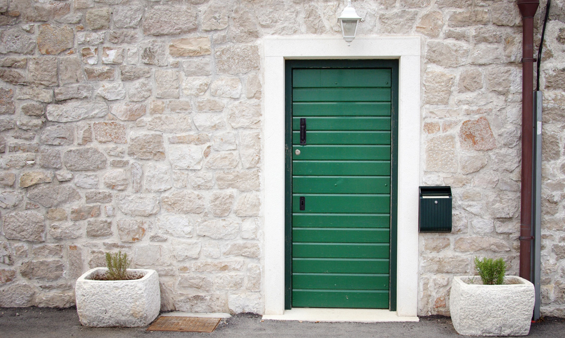 Rivestimenti in pietra per esterni prezzi e consigli - Piastrelle rivestimento esterno ...