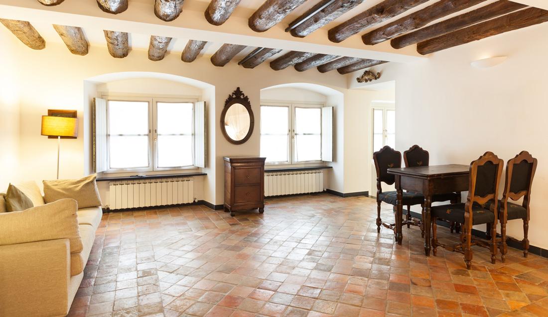 Pavimenti e piastrelle in cotto tipi prezzi e posa in opera - Posa piastrelle pavimento ...