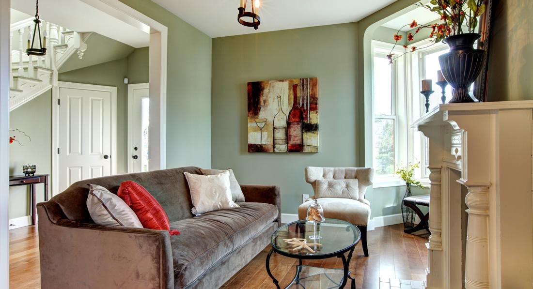 Pareti verdi per interni tonalit trendy e muri vegetali - Interni casa classica ...