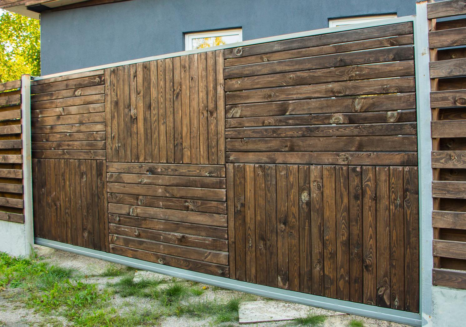 Good cancello in legno prezzi cancelli in ferro scorrevoli for Cancello scorrevole leroy merlin