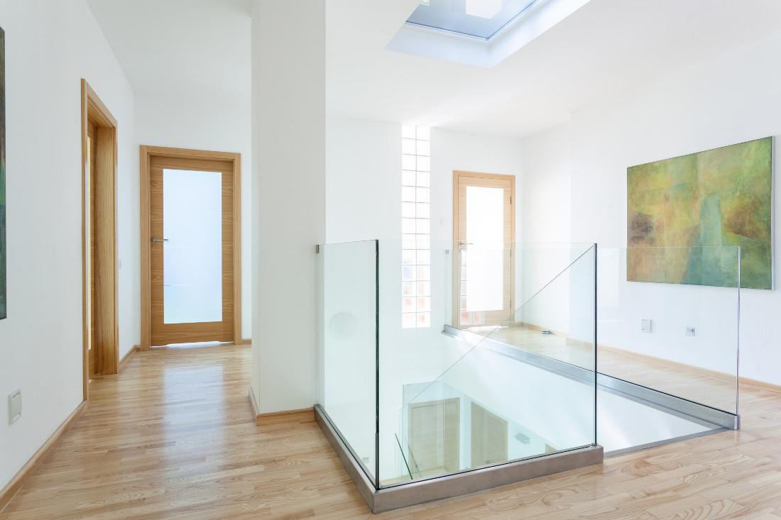 Parapetti Per Scale Interne parapetto in vetro - prezzi, costi di posa e agevolazioni