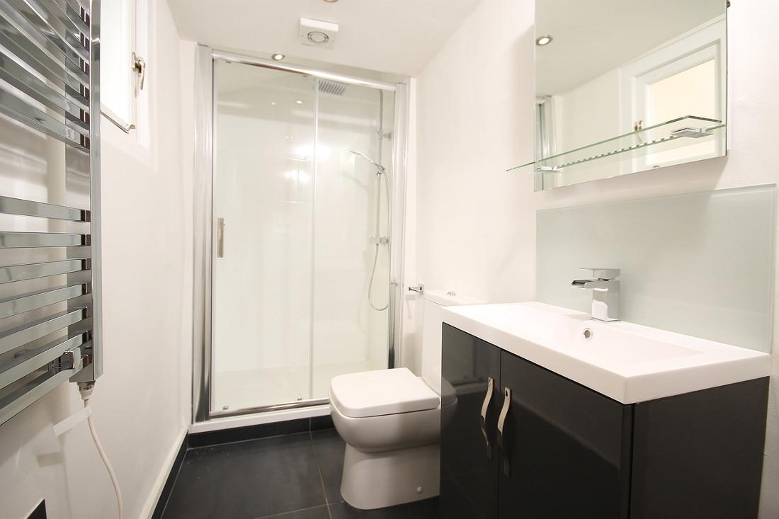 Aspiratori per bagno prezzi costi di installazione e consigli - Aspiratore bagno senza uscita esterna ...