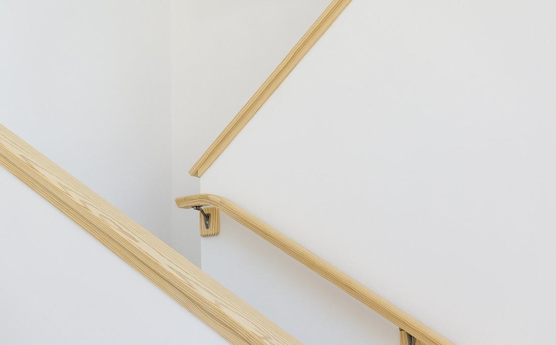 Corrimano in legno prezzi consigli e detrazioni fiscali - Prezzi scale interne in legno ...