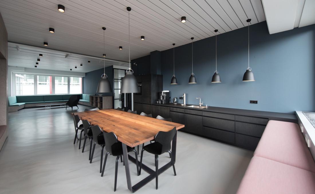 Pittura moderna per casa ed interni prezzi e tendenze for Colori interni casa moderna